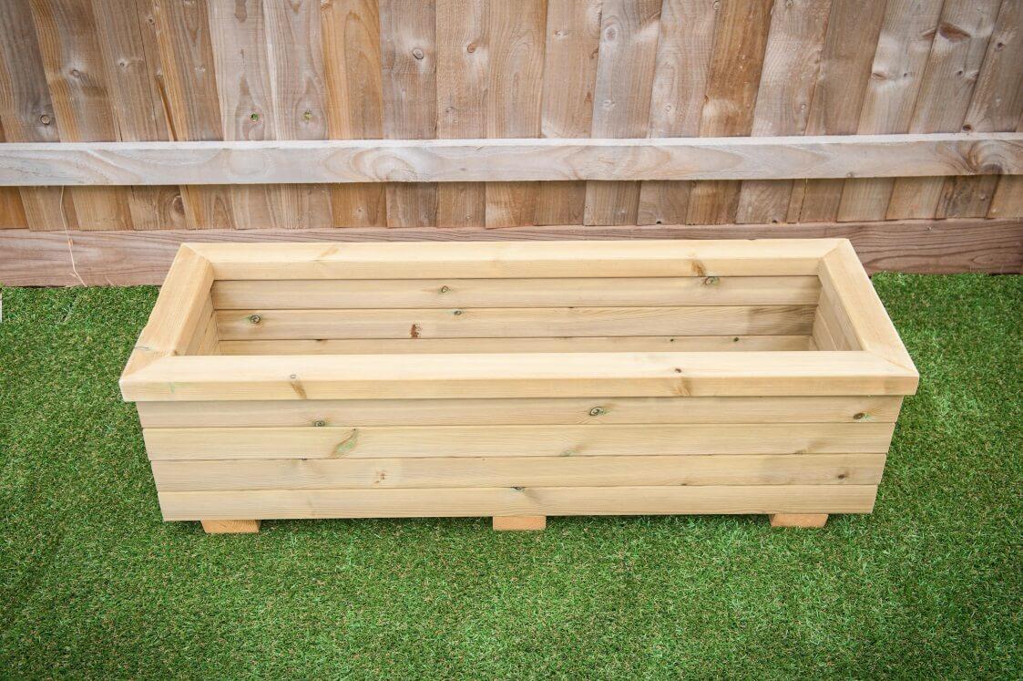 trough planters outdoor wooden furniture garden planter. Black Bedroom Furniture Sets. Home Design Ideas