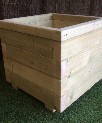 wooden blok planter