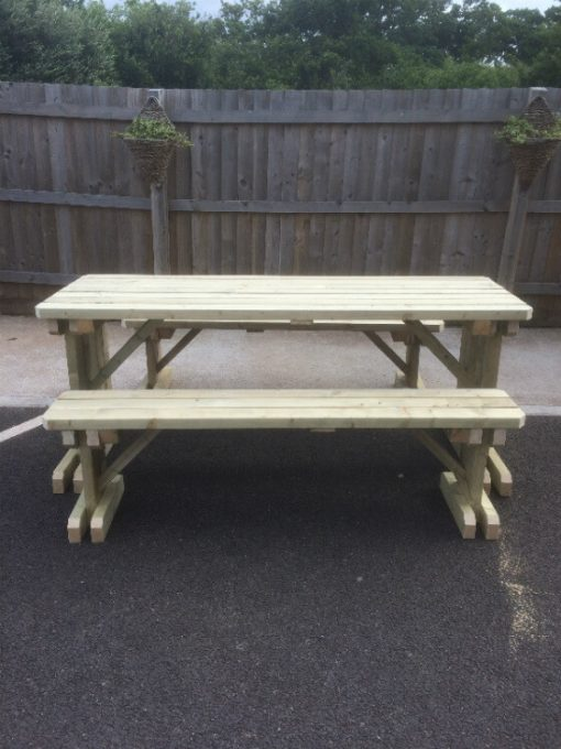 compact walk in table and bench set