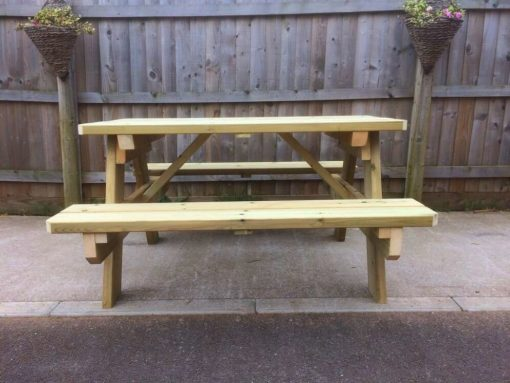 Heavy duty picnic table Swedish redwood
